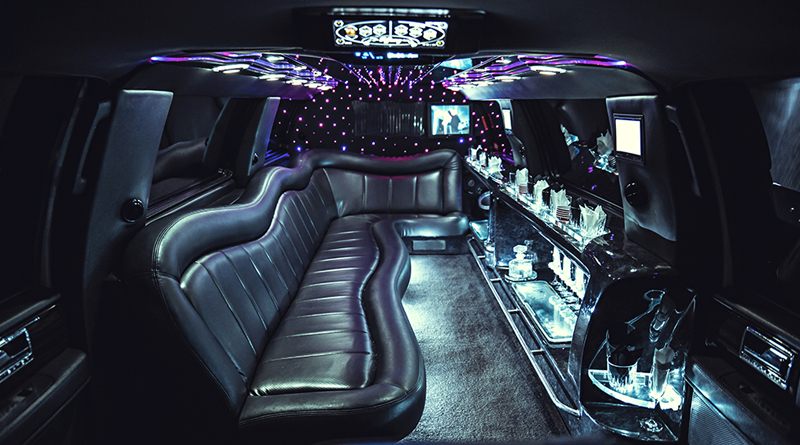 Stretch-SUV-Limo-Tiffany-2